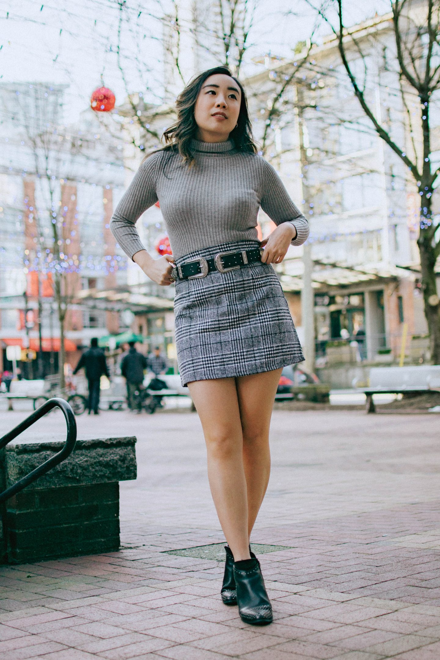 1 piece two ways - pairing my checkered mini skirt with booties belt and grey turtleneck