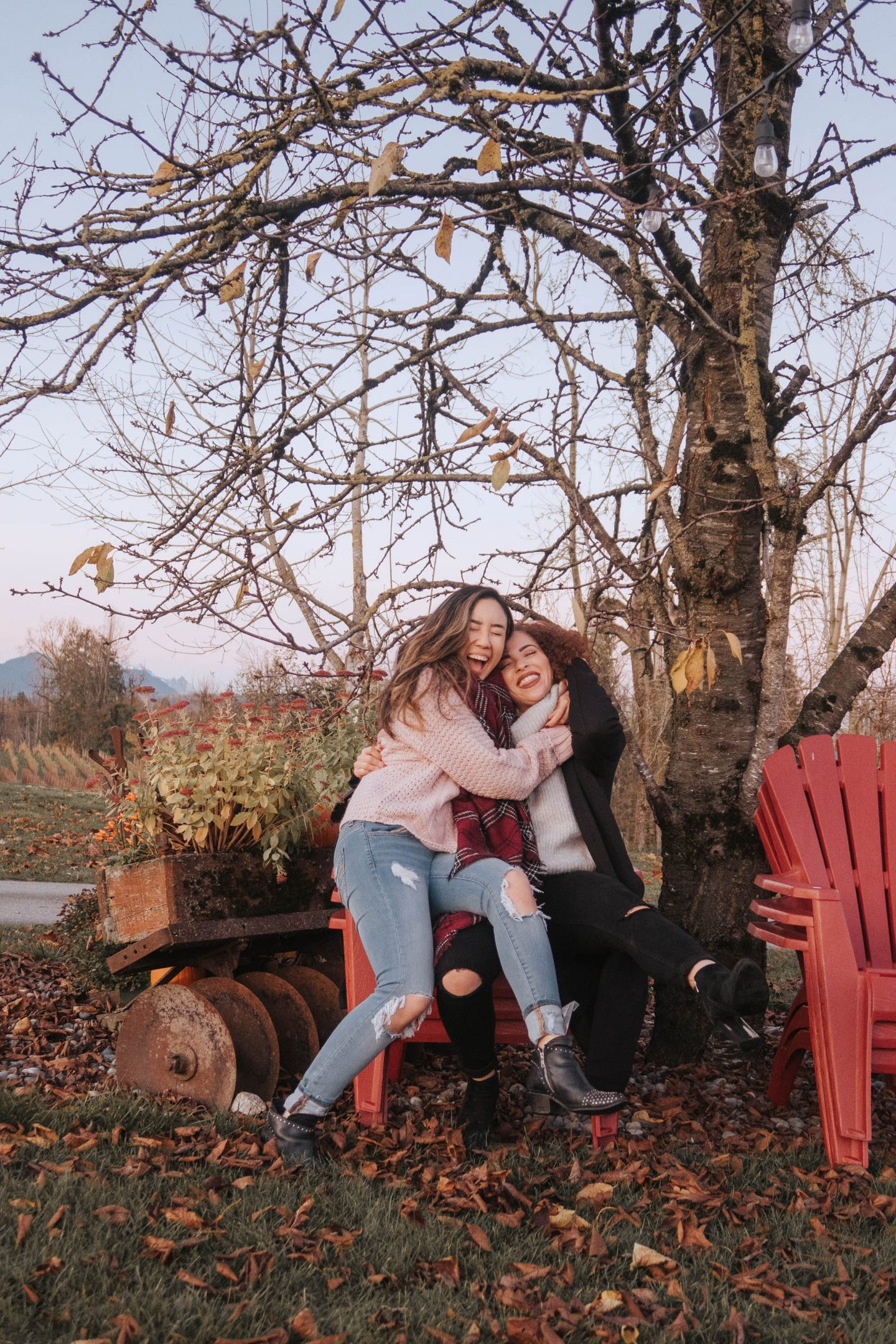 Giving my girlfriend a hug after a wine tour in Abbotsford