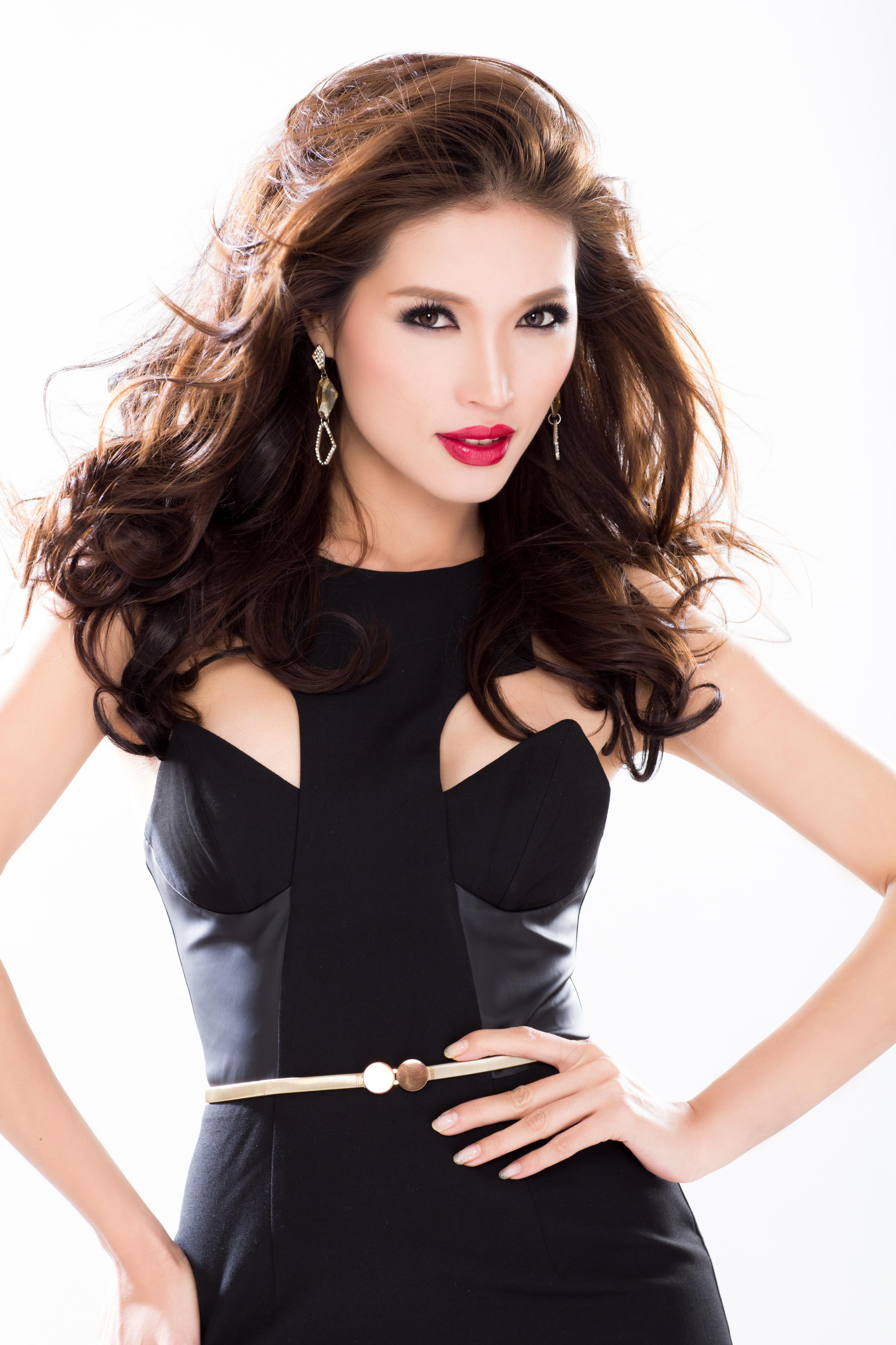 Amber Chia - Malaysian Supermodel